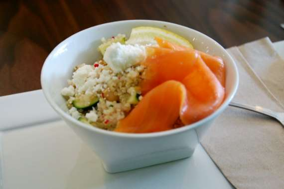 06_toronto-eat-healthy_boreal-gelato-cafe_quinoa-salad