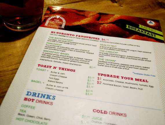 12_toronto-eat-healthy_hostelling-international_breakfast-menu