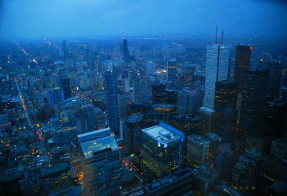 toronto-tour-cn-tower_01