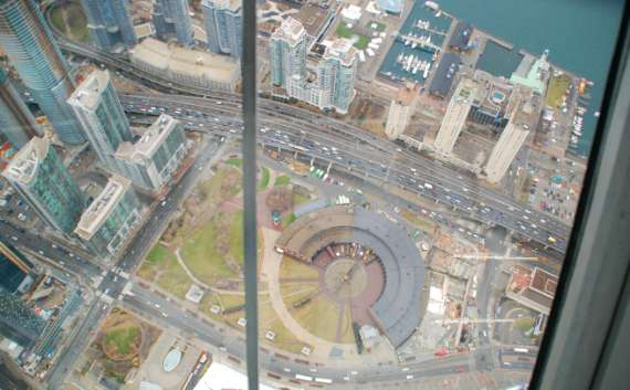 toronto-tour-cn-tower_07
