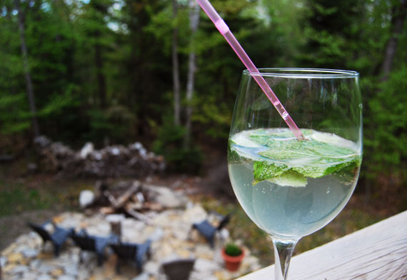 01_chalet-laurentides-canada_mojitos