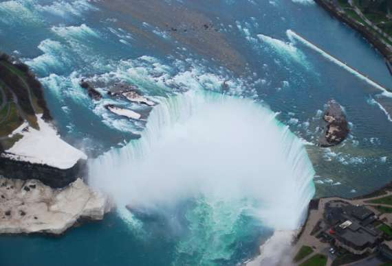 11_toronto-niagaras-falls-helicopters