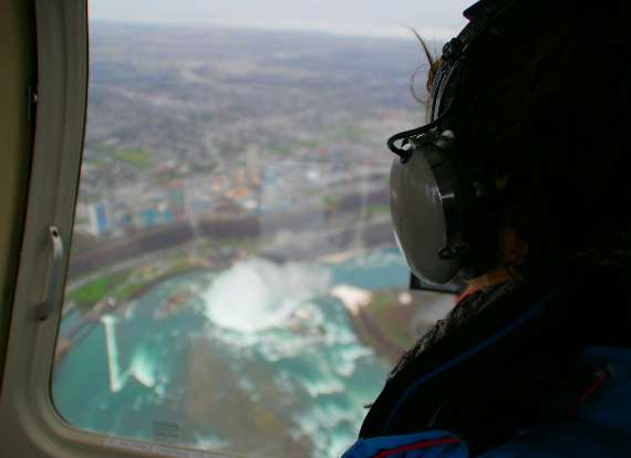 16_toronto-niagaras-falls-helicopters