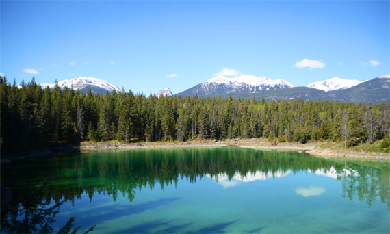 Canada_Alberta_Jasper-National-Park_Valley-of-the-five-lakes_01