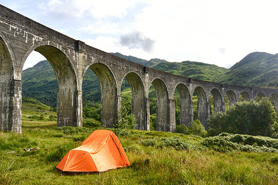 ecosse-camping_viaduct-glenfinnan_train-harry-potter_01